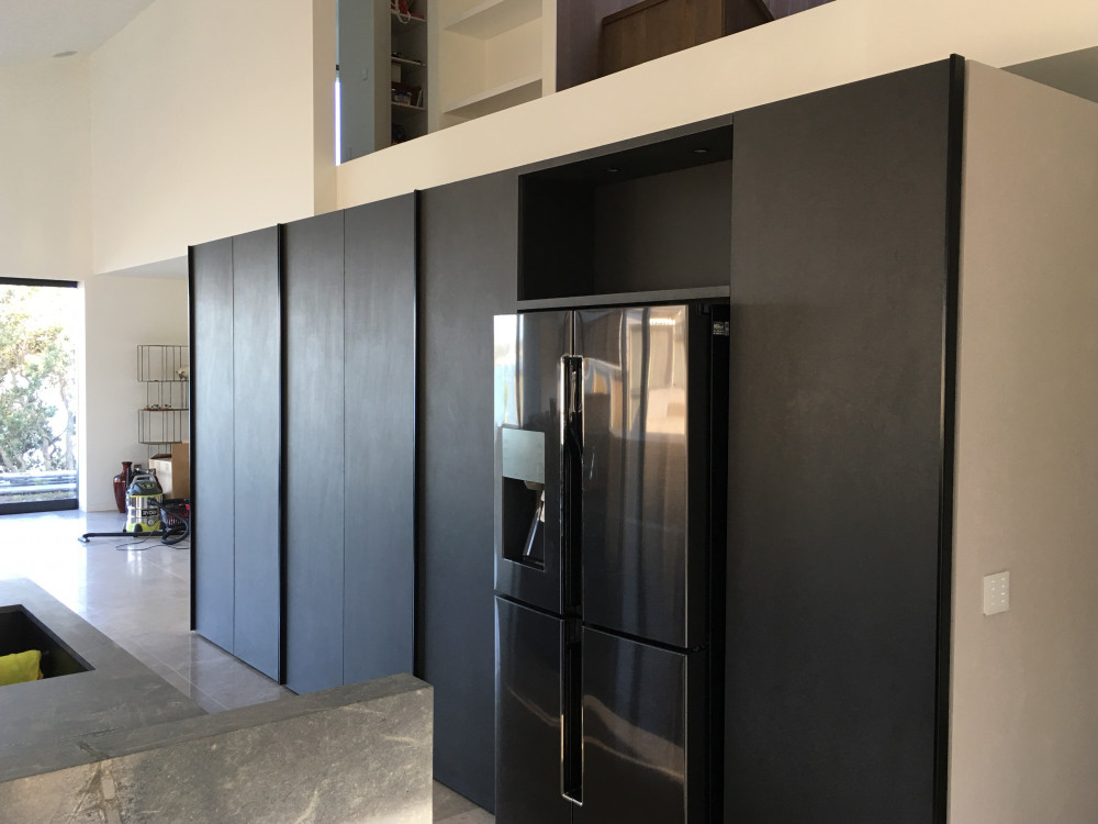 Ardois Noir Porcelain cabinetry fronts