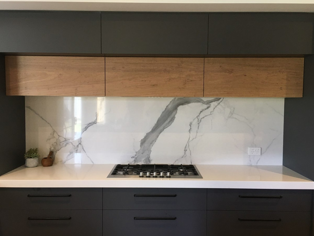 Yarrawonga Kitchens Absolutely Marble Us Alpine White Stat wk qantam