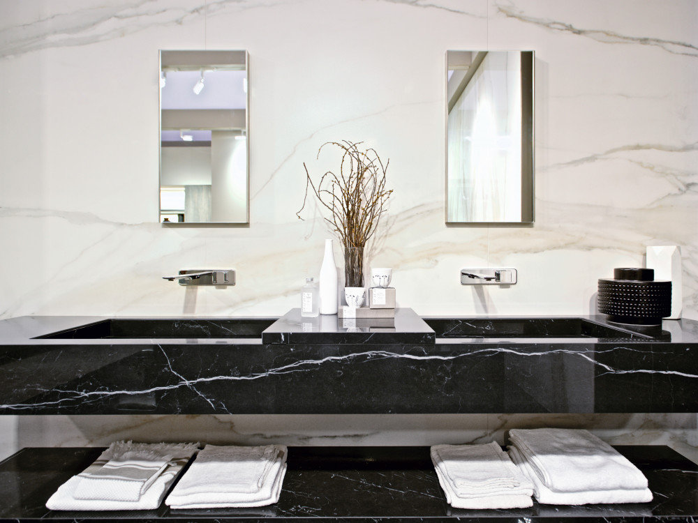 florim nero marrquina and calacutta gold bathroom v3